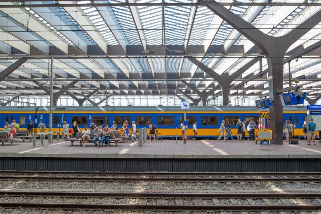 een stationsgebouw als civieltechnisch project