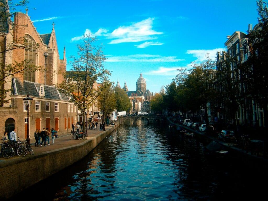 Binnenstedelijke omgeving in Nederland